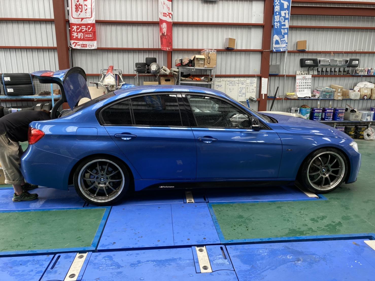 BMW 3シリーズ Mスポーツ バッテリー交換 !!!